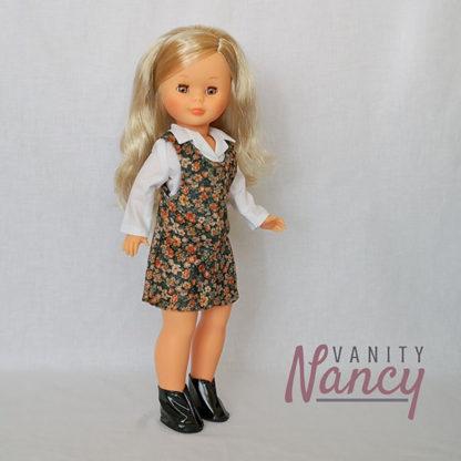 Nancy con camisa y pichi